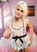 Feather dusting Sexy Maid Isabella Sorrenti is a beautiful tgirl with a kinky side and a penchant for cosplay! Watch this sexy Grooby girl all dressed
