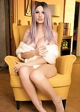 Bailey Jay is mellow and yellow outside but devilishly horny and naughty deep inside