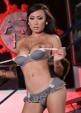 Venus Lux Strip Tease while in Sexy Undies